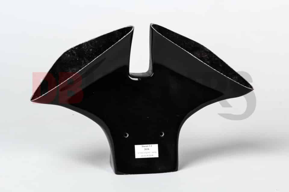 Fairing-holder-bracket-for-Ducati-V4-15